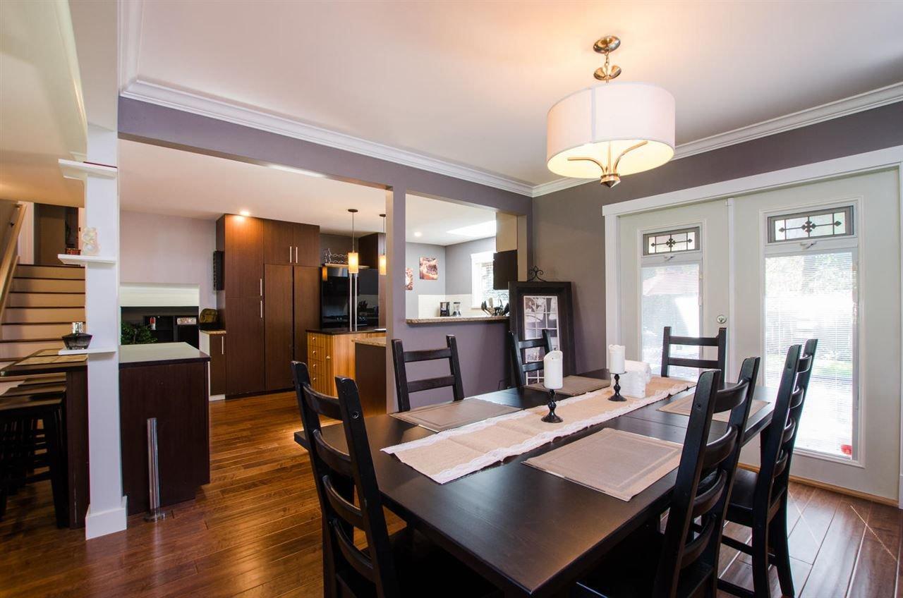 Photo 5: Photos: 17256 62 Avenue in Surrey: Cloverdale BC House for sale (Cloverdale)  : MLS®# R2310093