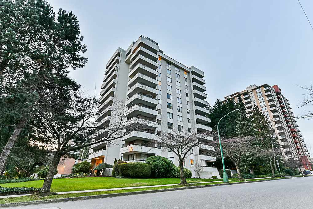 """Main Photo: 1004 7171 BERESFORD Street in Burnaby: Highgate Condo for sale in """"MIDDLEGATE TOWERS"""" (Burnaby South)  : MLS®# R2326972"""