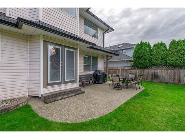 "Photo 18: Photos: 9283 203 Street in Langley: Walnut Grove House for sale in ""Forest Glen"" : MLS®# R2329543"