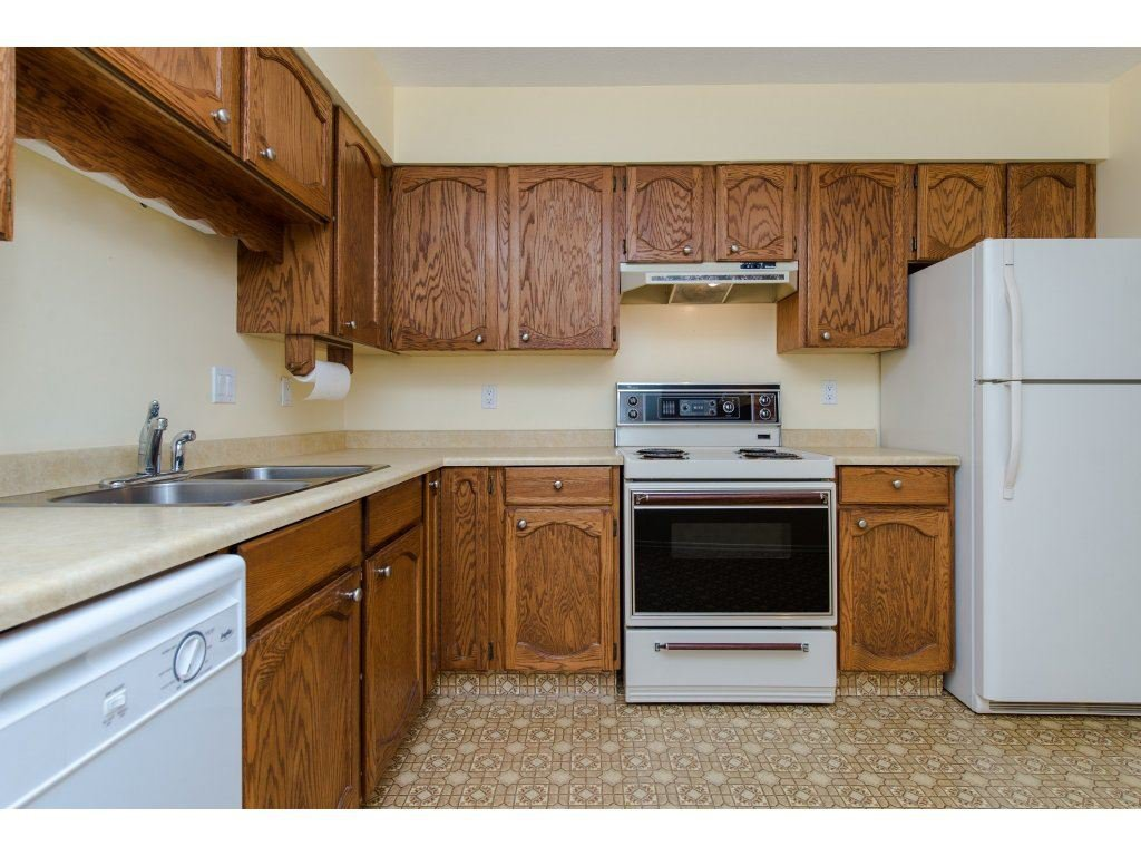 """Photo 4: Photos: 128 2279 MCCALLUM Road in Abbotsford: Central Abbotsford Condo for sale in """"Alameda Court"""" : MLS®# R2334988"""