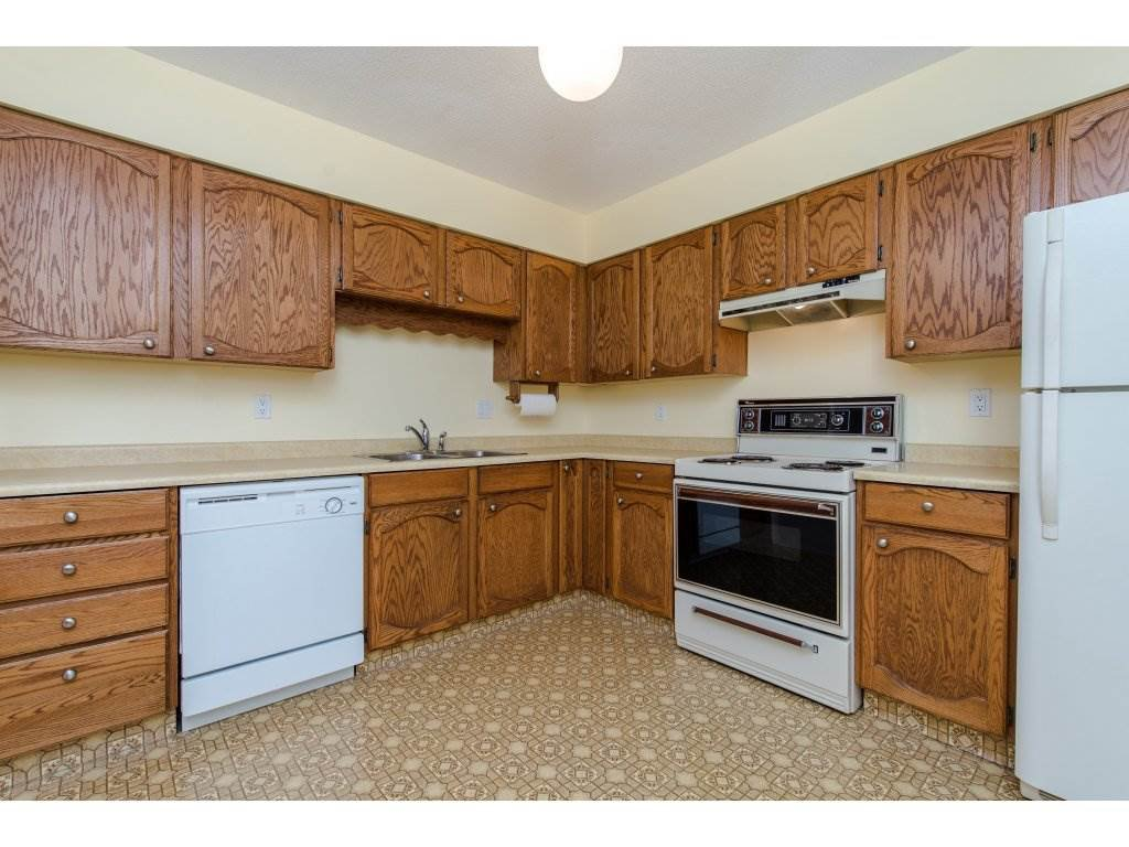 """Photo 3: Photos: 128 2279 MCCALLUM Road in Abbotsford: Central Abbotsford Condo for sale in """"Alameda Court"""" : MLS®# R2334988"""