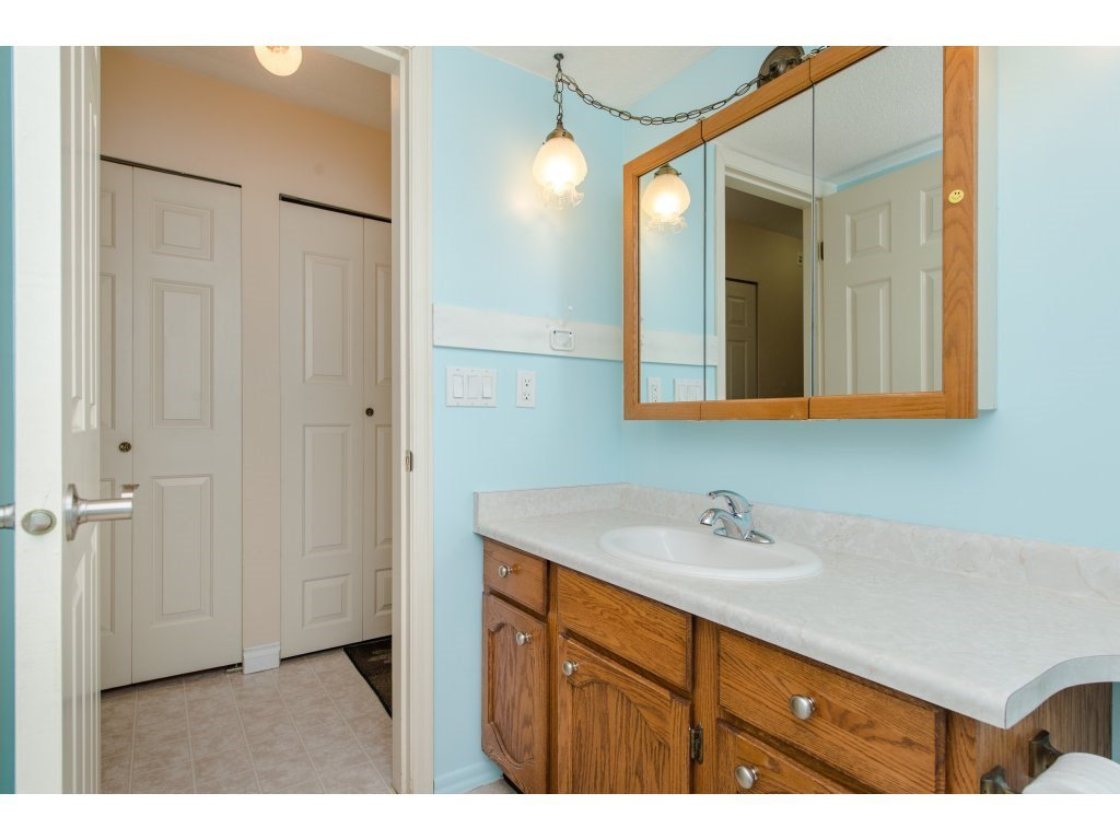 """Photo 15: Photos: 128 2279 MCCALLUM Road in Abbotsford: Central Abbotsford Condo for sale in """"Alameda Court"""" : MLS®# R2334988"""