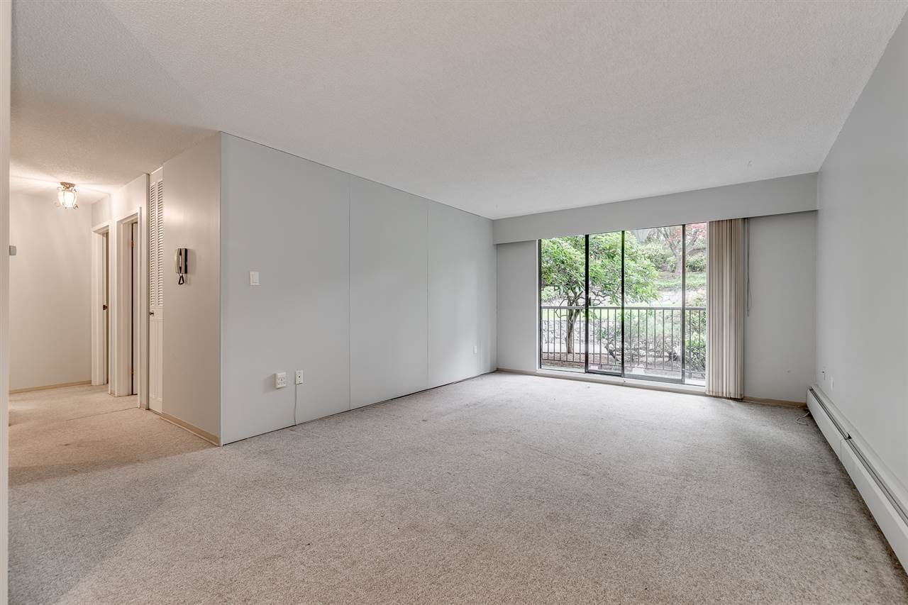 """Photo 5: Photos: 113 5450 EMPIRE Drive in Burnaby: Capitol Hill BN Condo for sale in """"EMPIRE PLACE"""" (Burnaby North)  : MLS®# R2365489"""