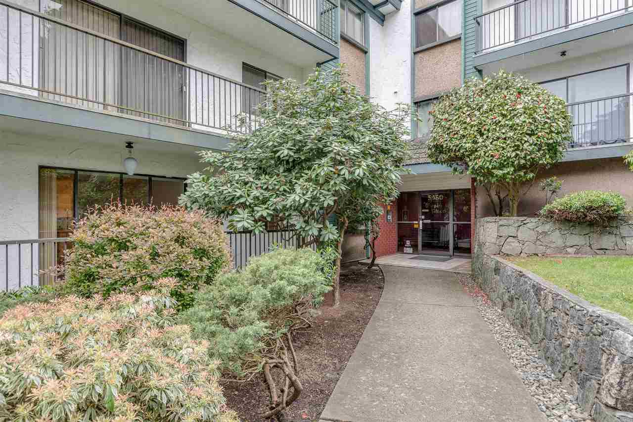 """Photo 18: Photos: 113 5450 EMPIRE Drive in Burnaby: Capitol Hill BN Condo for sale in """"EMPIRE PLACE"""" (Burnaby North)  : MLS®# R2365489"""