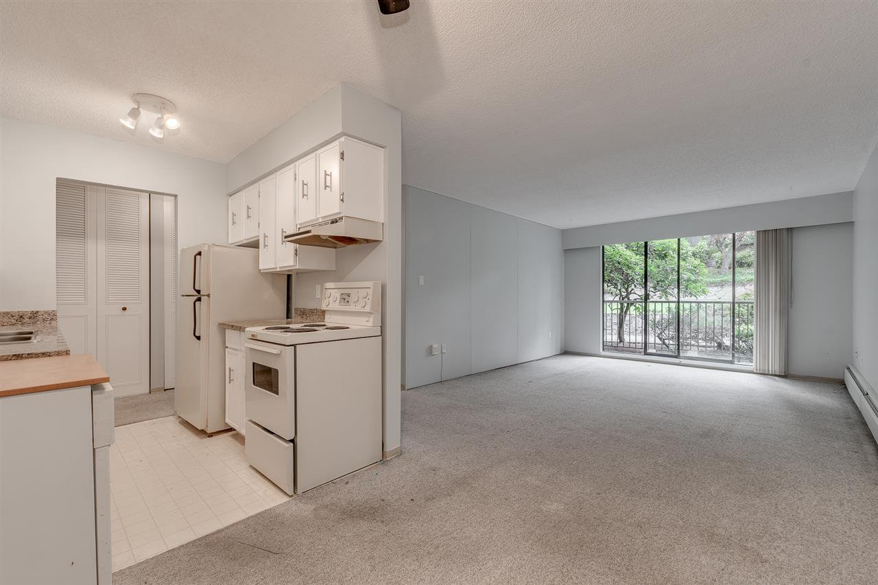 """Photo 3: Photos: 113 5450 EMPIRE Drive in Burnaby: Capitol Hill BN Condo for sale in """"EMPIRE PLACE"""" (Burnaby North)  : MLS®# R2365489"""