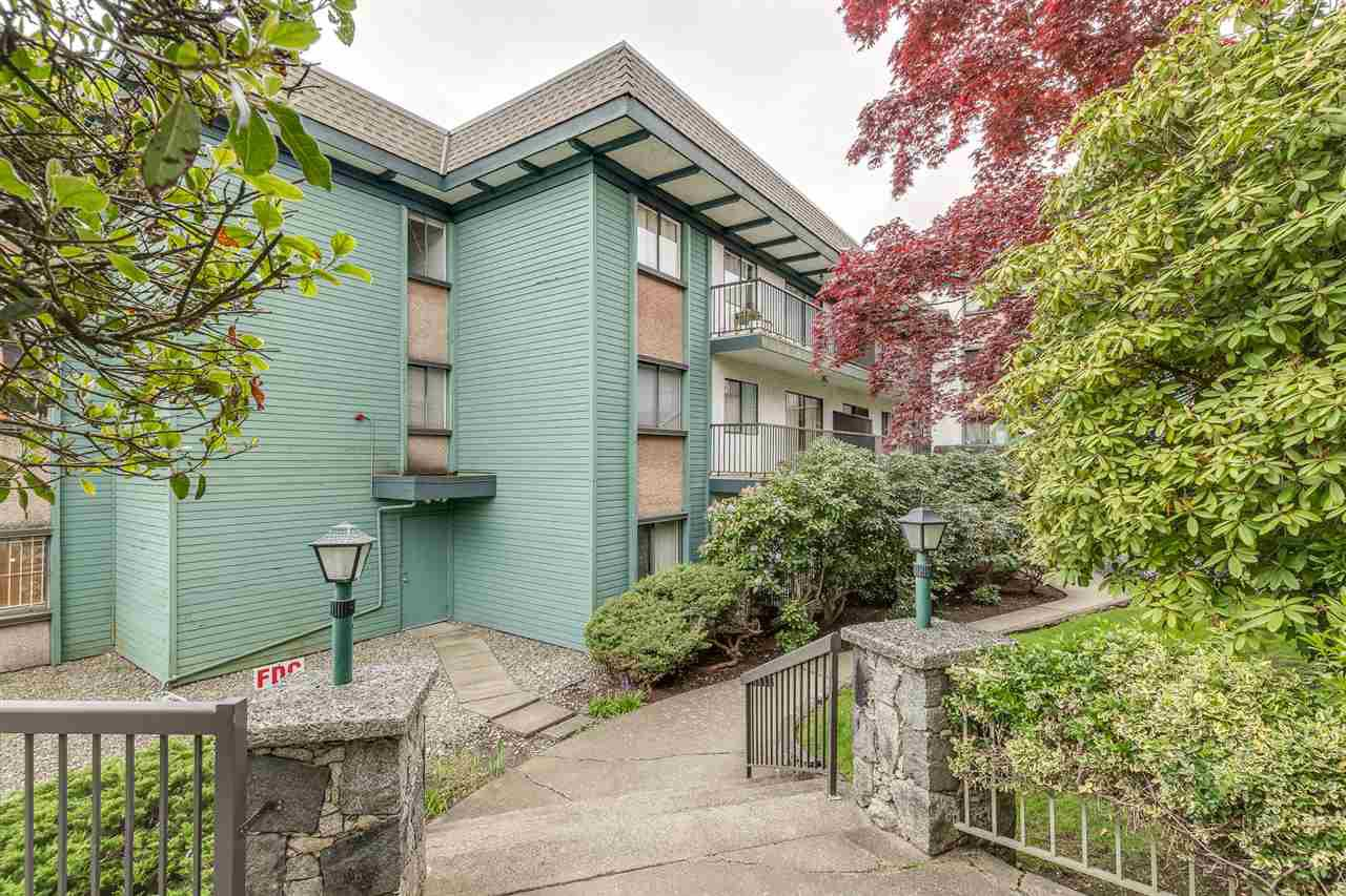 """Photo 17: Photos: 113 5450 EMPIRE Drive in Burnaby: Capitol Hill BN Condo for sale in """"EMPIRE PLACE"""" (Burnaby North)  : MLS®# R2365489"""