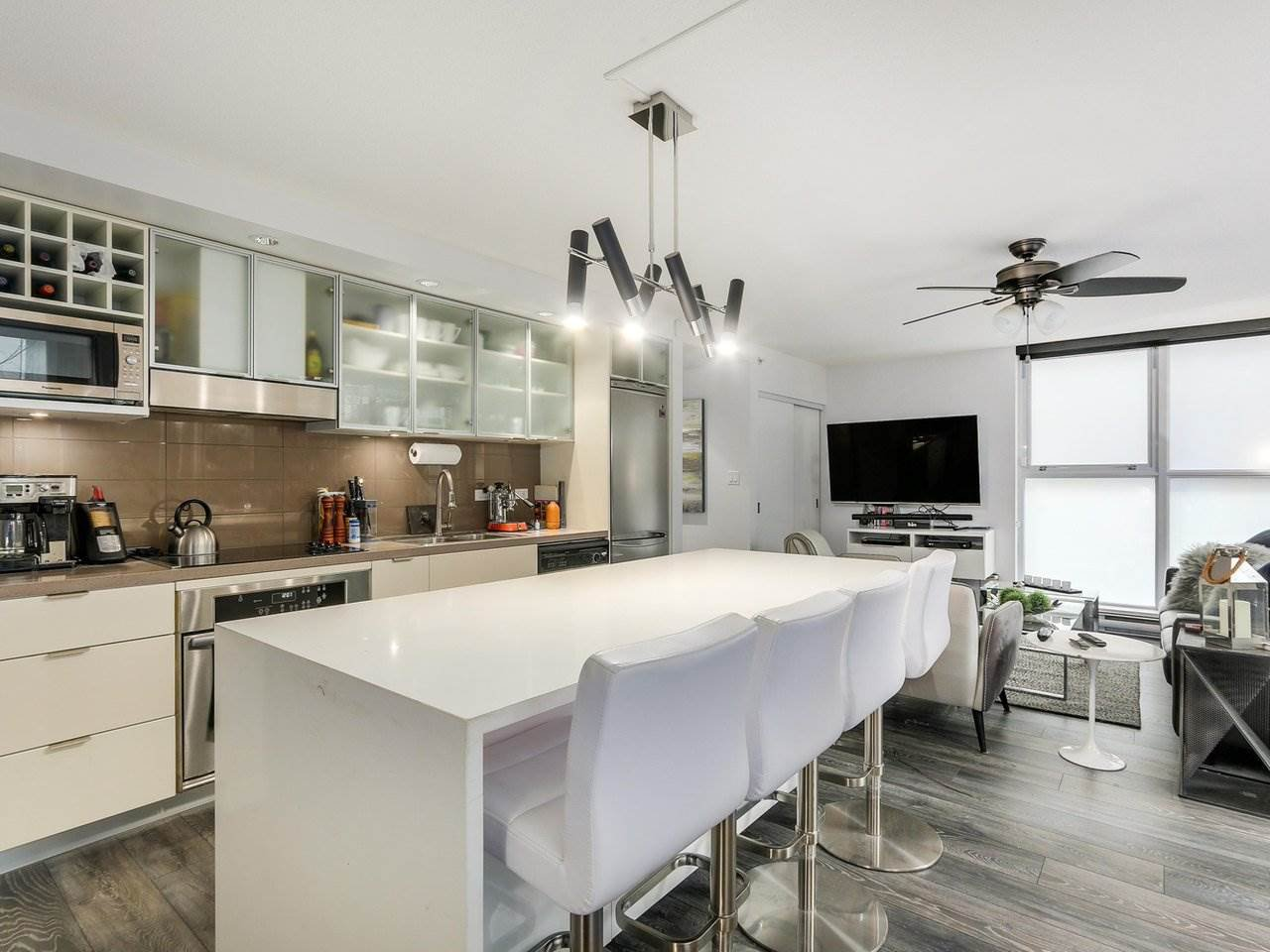 Photo 9: Photos: 217 168 POWELL Street in Vancouver: Downtown VE Condo for sale (Vancouver East)  : MLS®# R2386644