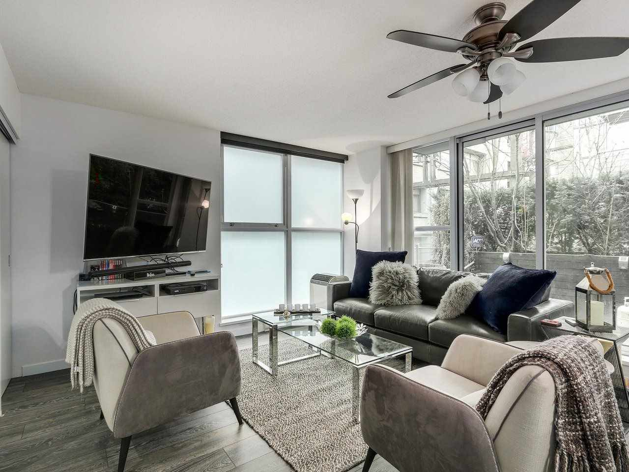 Photo 4: Photos: 217 168 POWELL Street in Vancouver: Downtown VE Condo for sale (Vancouver East)  : MLS®# R2386644