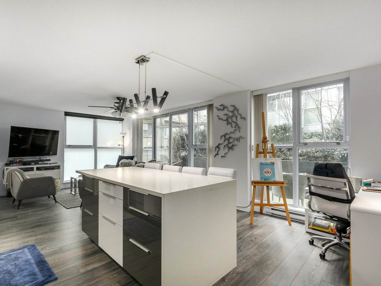 Photo 2: Photos: 217 168 POWELL Street in Vancouver: Downtown VE Condo for sale (Vancouver East)  : MLS®# R2386644