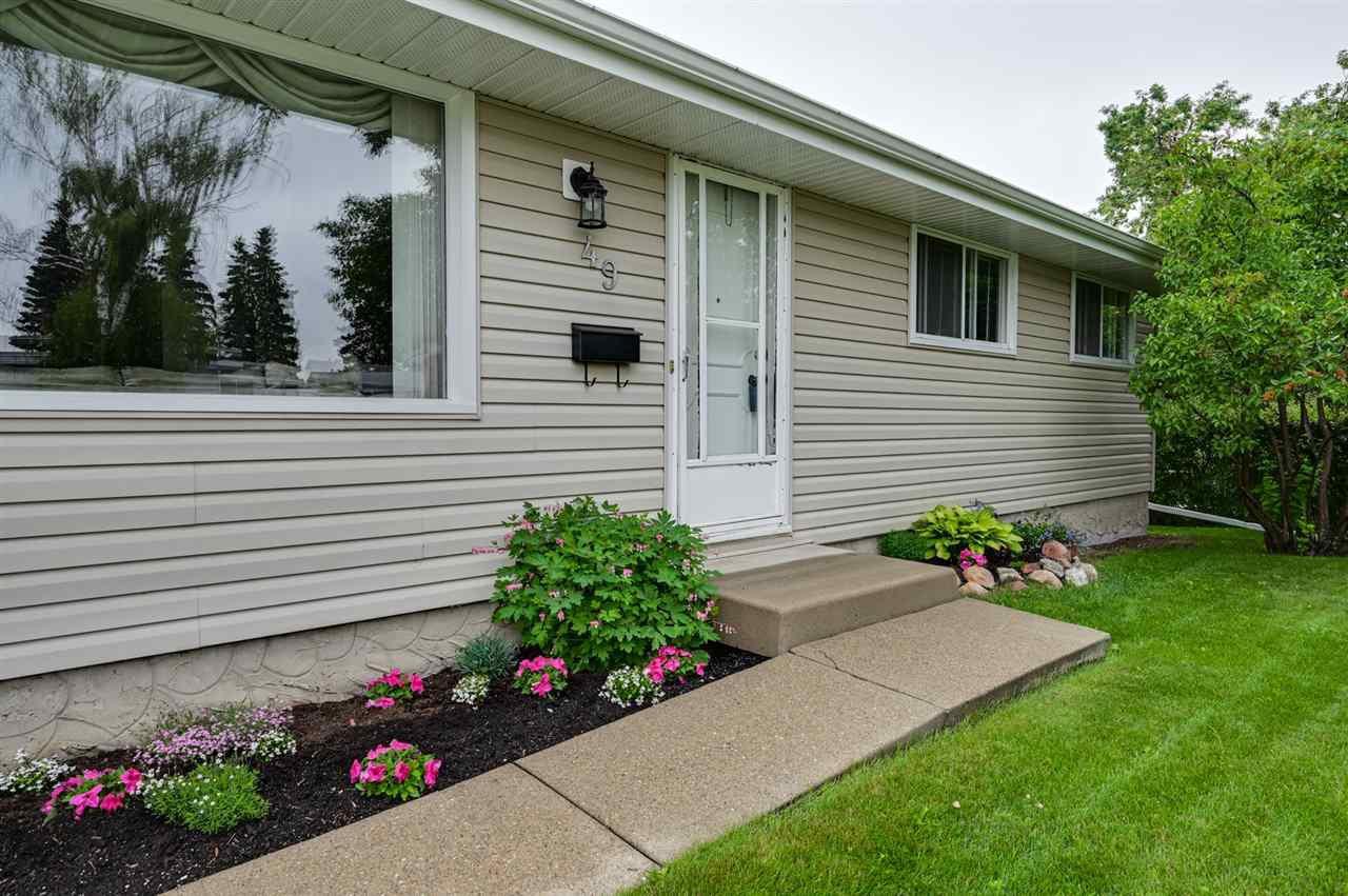 Main Photo: 49 Mission Street: Sherwood Park House for sale : MLS®# E4204124