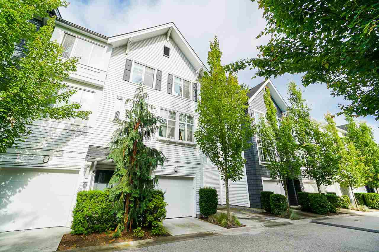 "Main Photo: 31 14955 60 Avenue in Surrey: Sullivan Station Townhouse for sale in ""Cambridge Park"" : MLS®# R2471115"