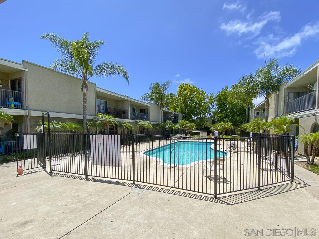 Main Photo: CHULA VISTA Condo for sale : 2 bedrooms : 1420 Hilltop Dr. #311