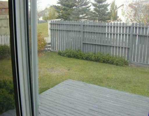 Photo 7: Photos:  in CALGARY: Vista Heights Residential Detached Single Family for sale (Calgary)  : MLS®# C3110957