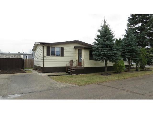 Main Photo: 98 Sandale Drive in WINNIPEG: St Vital Residential for sale (South East Winnipeg)  : MLS®# 1221269