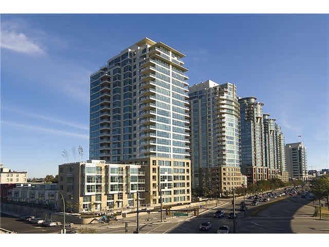 """Main Photo: 503 125 MILROSS Avenue in Vancouver: Mount Pleasant VE Condo for sale in """"CREEKSIDE"""" (Vancouver East)  : MLS®# V1115688"""