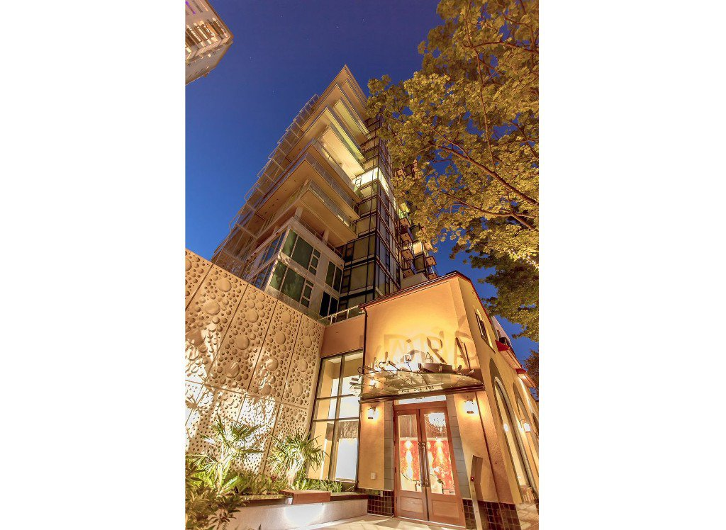 "Main Photo: 806 1221 BIDWELL Street in Vancouver: West End VW Condo for sale in ""Alexandra"" (Vancouver West)  : MLS®# R2019706"
