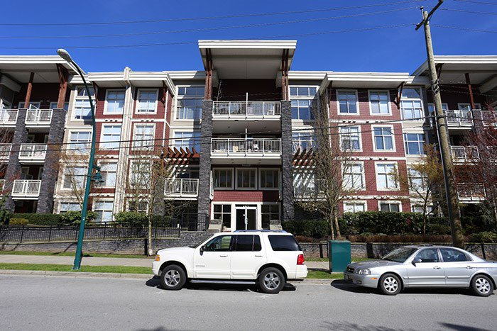 "Main Photo: 117 2477 KELLY Avenue in Port Coquitlam: Central Pt Coquitlam Condo for sale in ""SOUTH VERDE"" : MLS®# R2050711"