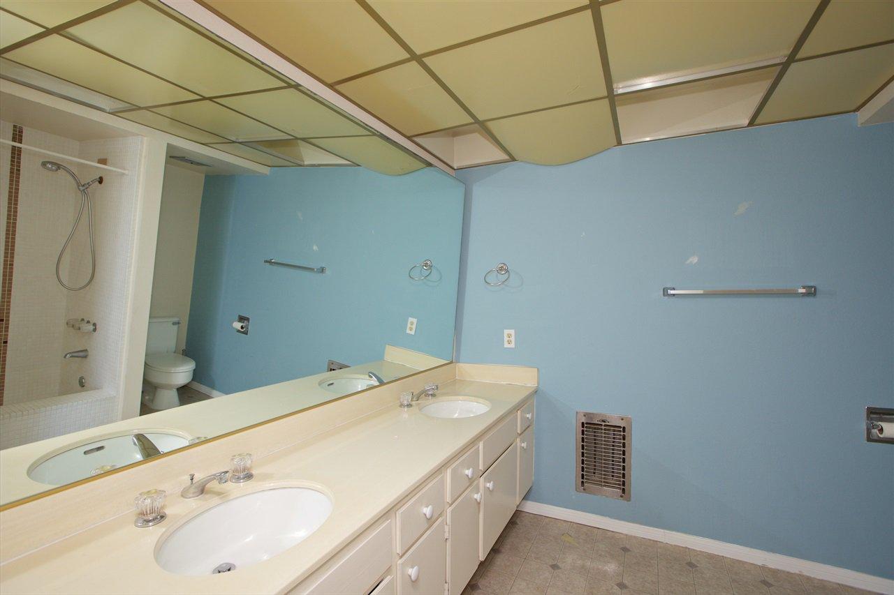 Photo 22: Photos: CORONADO CAYS Condo for sale : 3 bedrooms : 8 Antigua Court in Coronado