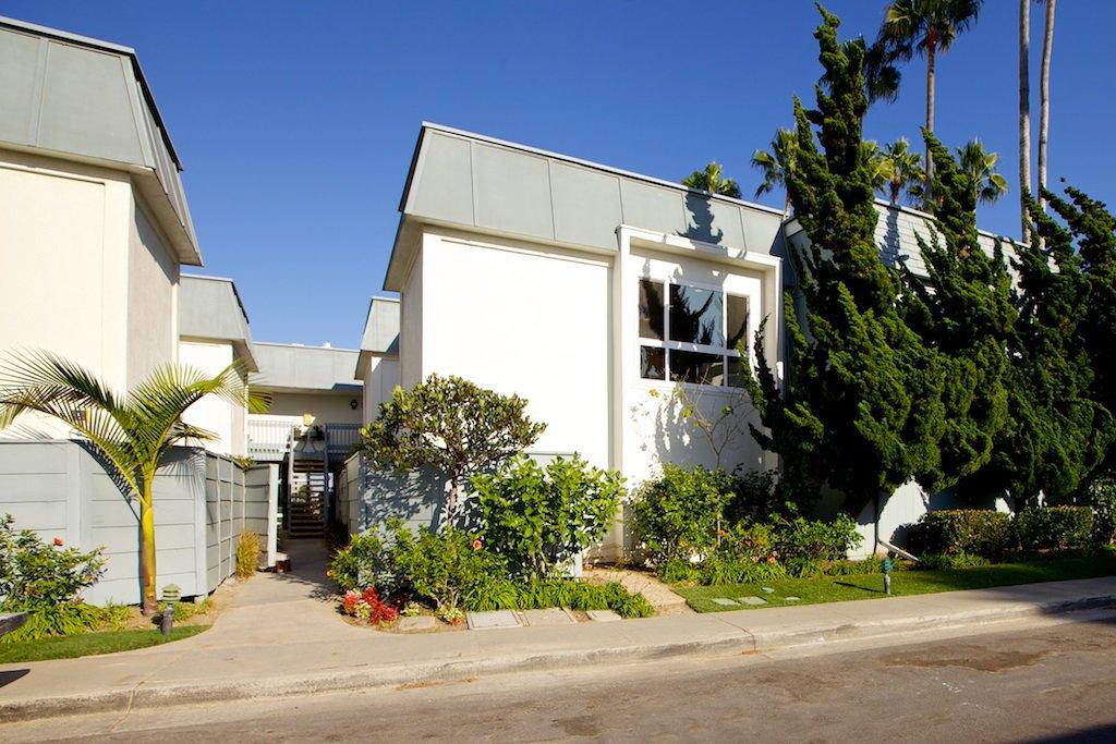 Photo 10: Photos: CORONADO CAYS Condo for sale : 3 bedrooms : 8 Antigua Court in Coronado