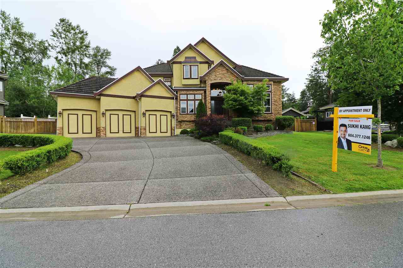 "Main Photo: 8435 171 Street in Surrey: Fleetwood Tynehead House for sale in ""WATERFORD ESTATES"" : MLS®# R2080216"