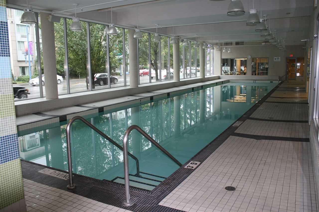 """Photo 17: Photos: 1807 5900 ALDERBRIDGE Way in Richmond: Brighouse Condo for sale in """"LOTUS"""" : MLS®# R2081005"""