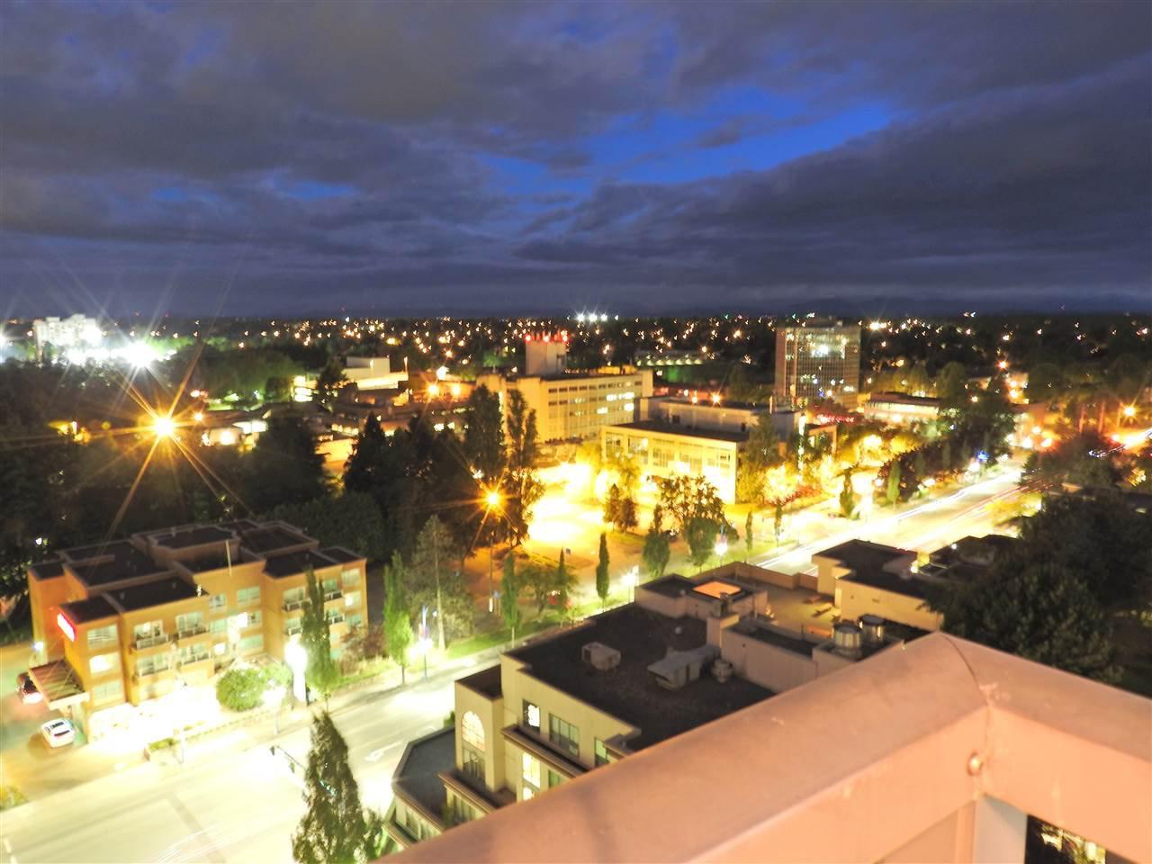 """Photo 1: Photos: 1807 5900 ALDERBRIDGE Way in Richmond: Brighouse Condo for sale in """"LOTUS"""" : MLS®# R2081005"""
