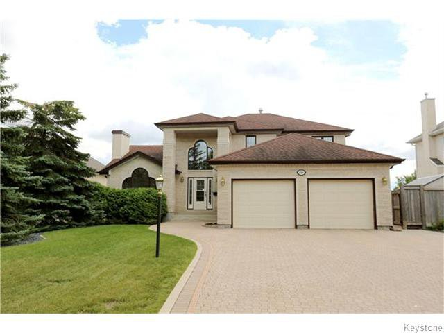 Main Photo: 254 Orchard Hill Drive in Winnipeg: Royalwood Residential for sale (2J)  : MLS®# 1622509