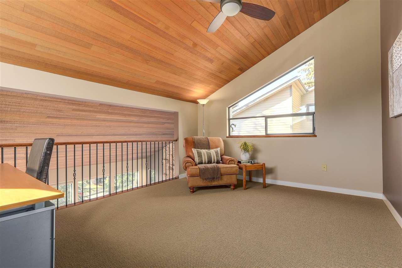 "Photo 12: Photos: 2633 TURRET Crescent in Coquitlam: Upper Eagle Ridge House for sale in ""UPPER EAGLERIDGE"" : MLS®# R2110589"