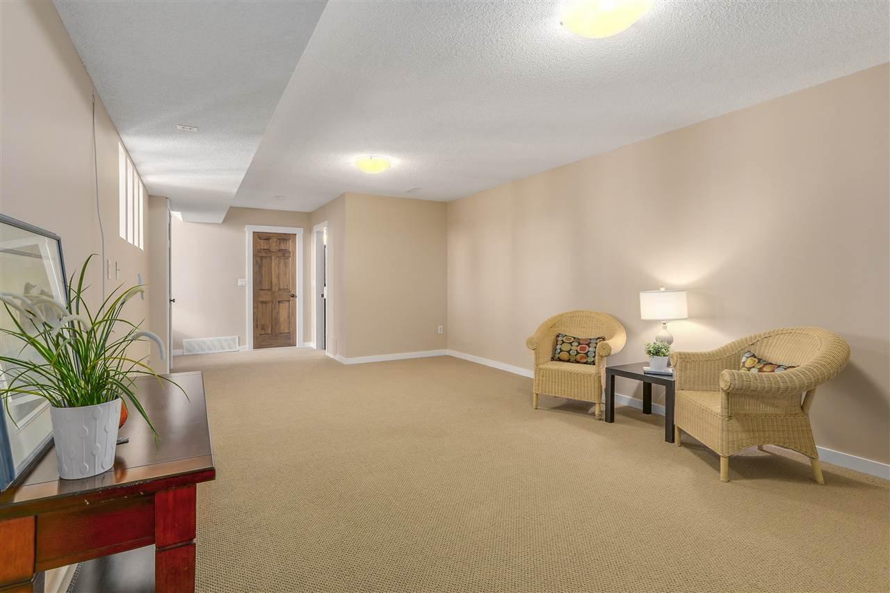 "Photo 13: Photos: 2633 TURRET Crescent in Coquitlam: Upper Eagle Ridge House for sale in ""UPPER EAGLERIDGE"" : MLS®# R2110589"