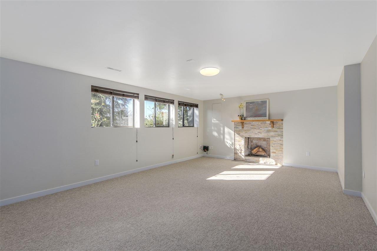 "Photo 15: Photos: 2633 TURRET Crescent in Coquitlam: Upper Eagle Ridge House for sale in ""UPPER EAGLERIDGE"" : MLS®# R2110589"