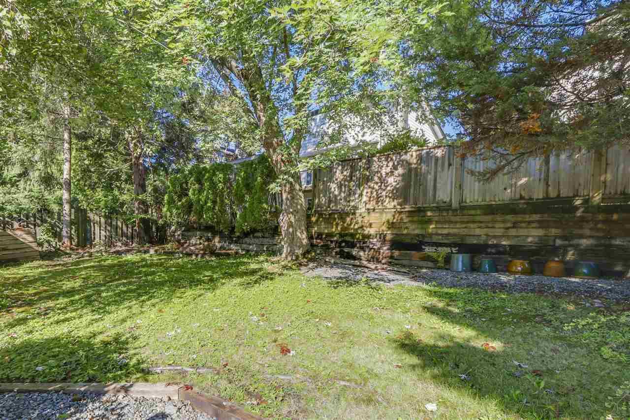 "Photo 18: Photos: 2633 TURRET Crescent in Coquitlam: Upper Eagle Ridge House for sale in ""UPPER EAGLERIDGE"" : MLS®# R2110589"