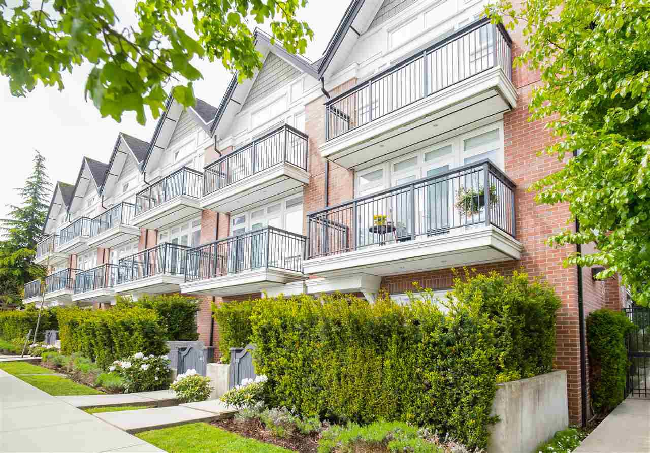 """Main Photo: 8 5655 CHAFFEY Avenue in Burnaby: Central Park BS Townhouse for sale in """"Townewalk"""" (Burnaby South)  : MLS®# R2167415"""