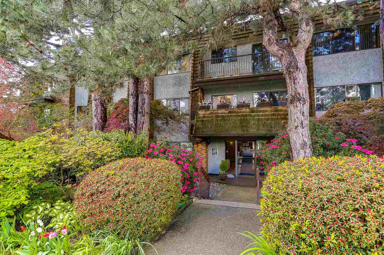 """Main Photo: 205 1721 ST. GEORGES Avenue in North Vancouver: Central Lonsdale Condo for sale in """"CEDAR HILLS"""" : MLS®# R2169585"""