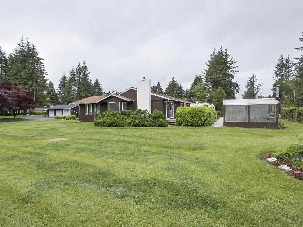 Main Photo: 23588 52ND Avenue in Langley: Salmon River House for sale : MLS®# R2173447