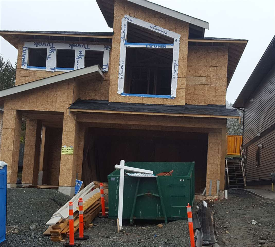 Main Photo: 5604 CEDARCREEK Drive in Chilliwack: Promontory House for sale (Sardis)  : MLS®# R2243444