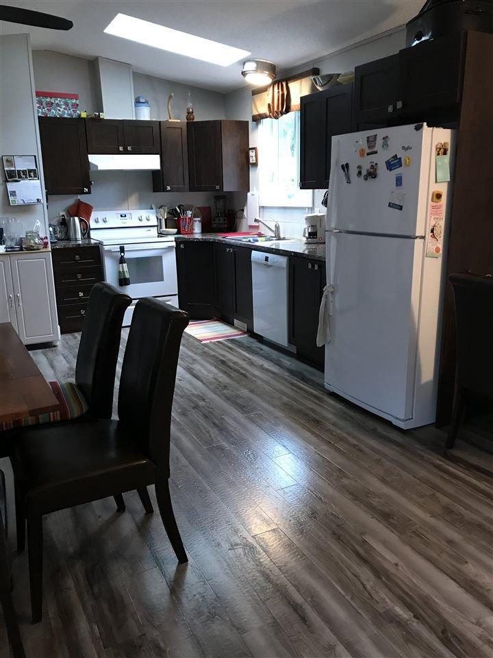 "Photo 5: Photos: 5611 WAKEFIELD Road in Sechelt: Sechelt District House for sale in ""WEST SECHELT"" (Sunshine Coast)  : MLS®# R2271228"