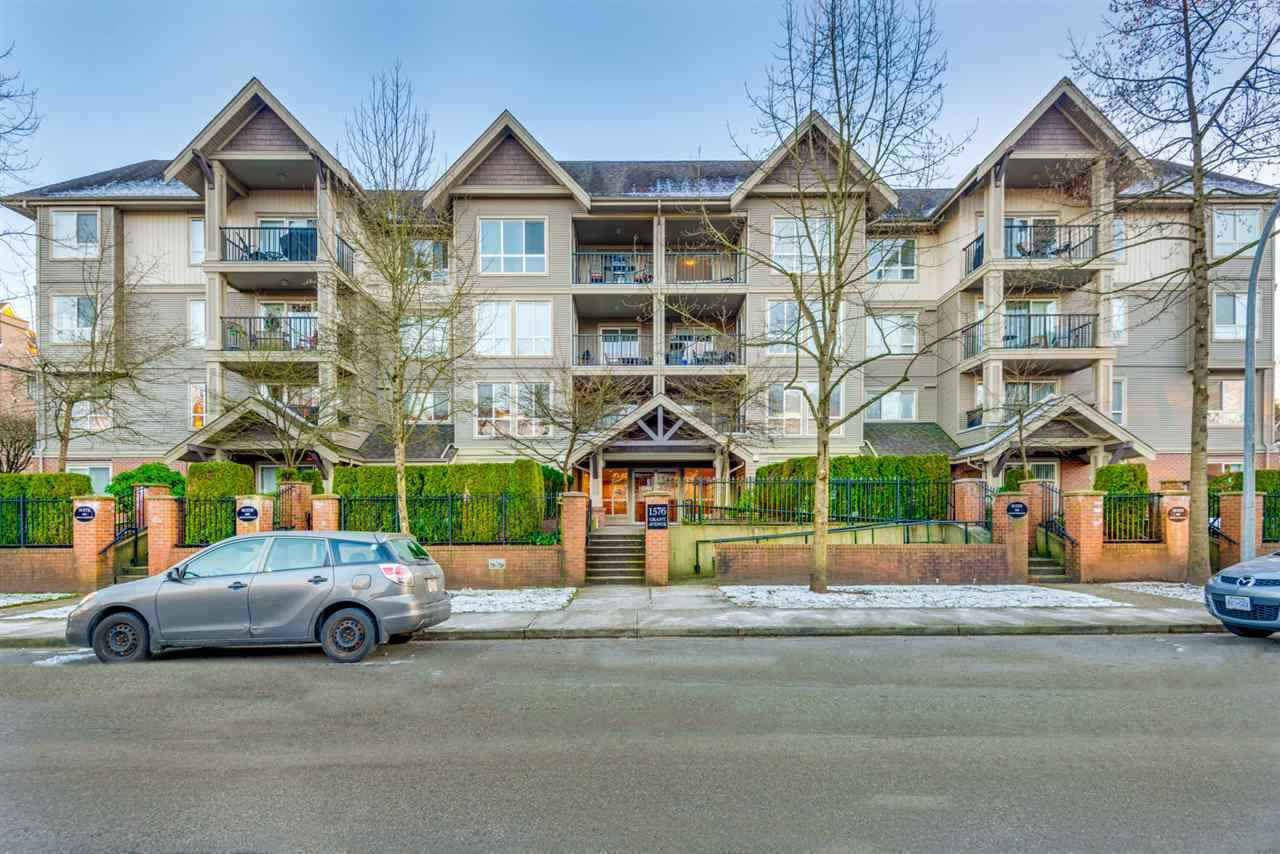 "Main Photo: 103 1576 GRANT Avenue in Port Coquitlam: Birchland Manor Condo for sale in ""THE BROWNSTONE"" : MLS®# R2322412"