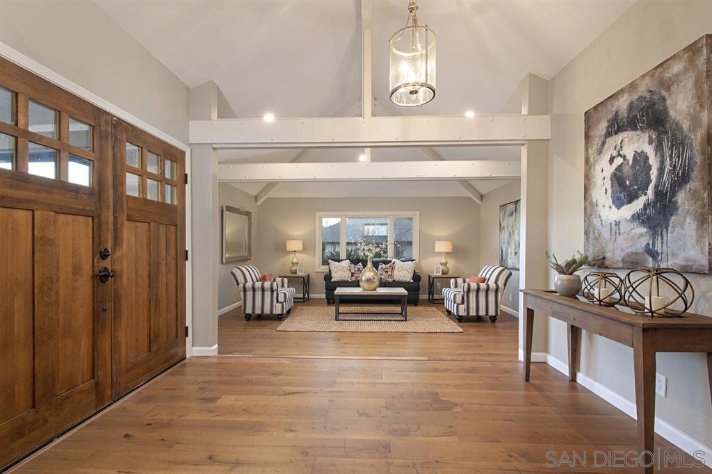 Main Photo: POINT LOMA House for sale : 5 bedrooms : 958 Tingley Lane in San Diego