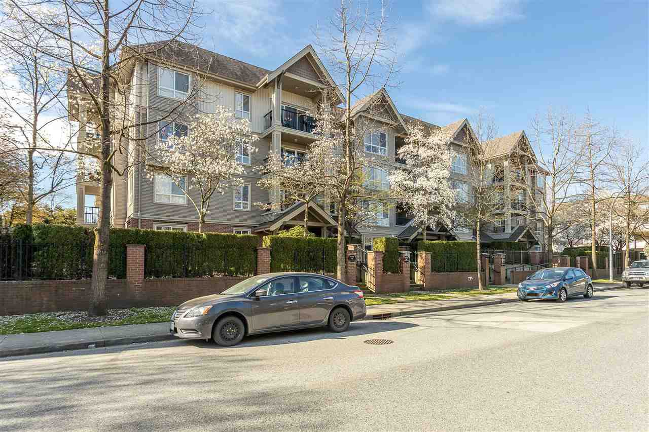 "Photo 15: Photos: 403 1576 GRANT Avenue in Port Coquitlam: Glenwood PQ Condo for sale in ""THE BROWNSTONE"" : MLS®# R2450560"