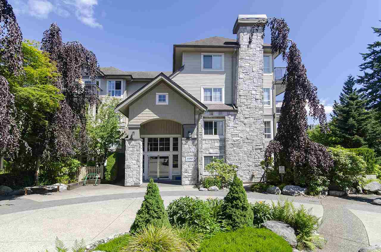 Main Photo: 103 1150 E 29 Street in North Vancouver: Lynn Valley Condo for sale : MLS®# R2475734