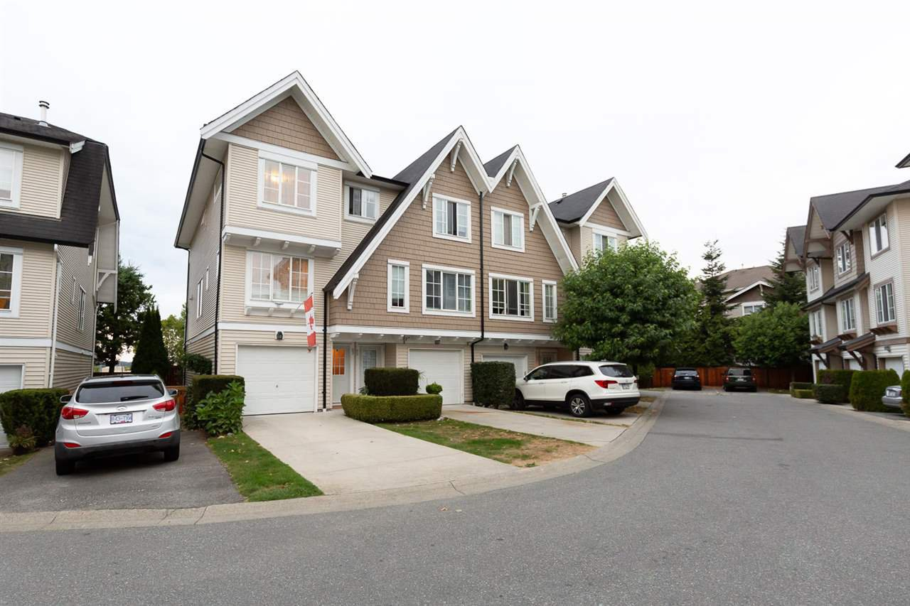 """Main Photo: 63 20540 66 Avenue in Langley: Willoughby Heights Townhouse for sale in """"AMBERLEIGH"""" : MLS®# R2489777"""