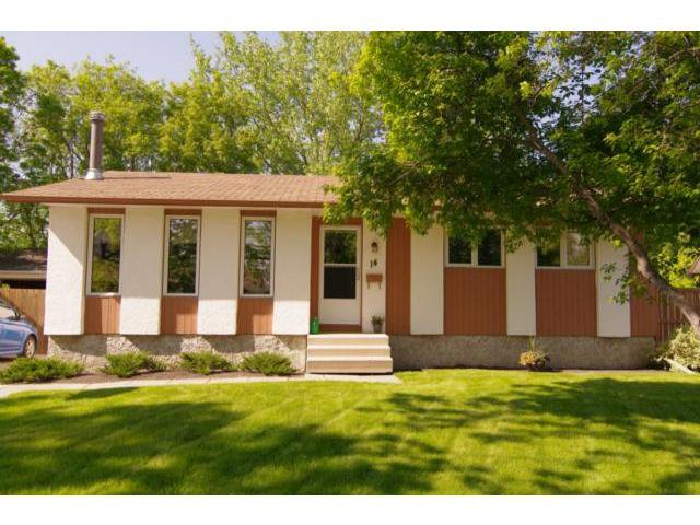 Main Photo: 14 Bergman Crescent in WINNIPEG: Charleswood Residential for sale (South Winnipeg)  : MLS®# 1111132
