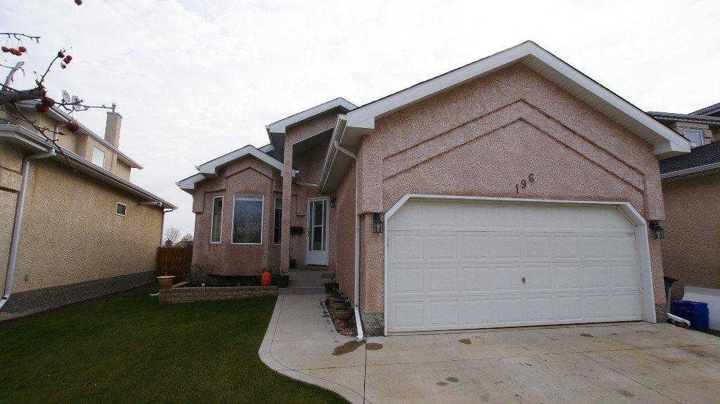 Main Photo: 196 Orum Drive in Winnipeg: North Kildonan Single Family Detached for sale (North East Winnipeg)  : MLS®# 1221832