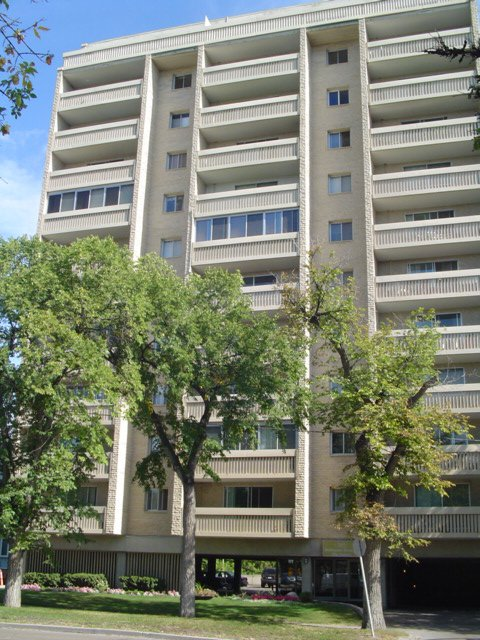 Main Photo: 503 365 WELLINGTON CR in Winnipeg: A13 Condominium for sale (W1)  : MLS®# 2616317