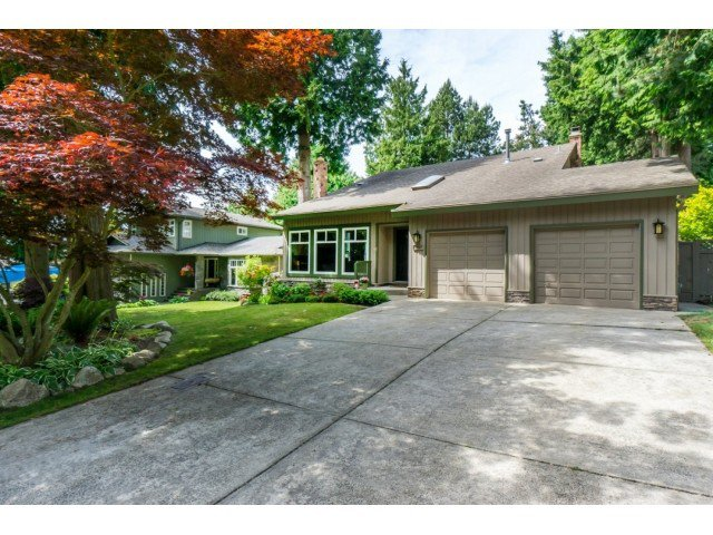 "Main Photo: 12597 20TH Avenue in Surrey: Crescent Bch Ocean Pk. House for sale in ""Ocean Park"" (South Surrey White Rock)  : MLS®# F1442862"
