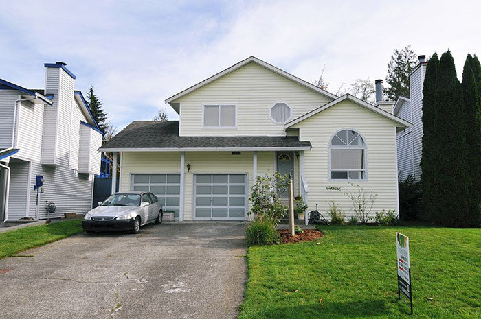 Main Photo: 11860 MEADOWLARK Drive in Maple Ridge: Cottonwood MR House for sale : MLS®# R2010930