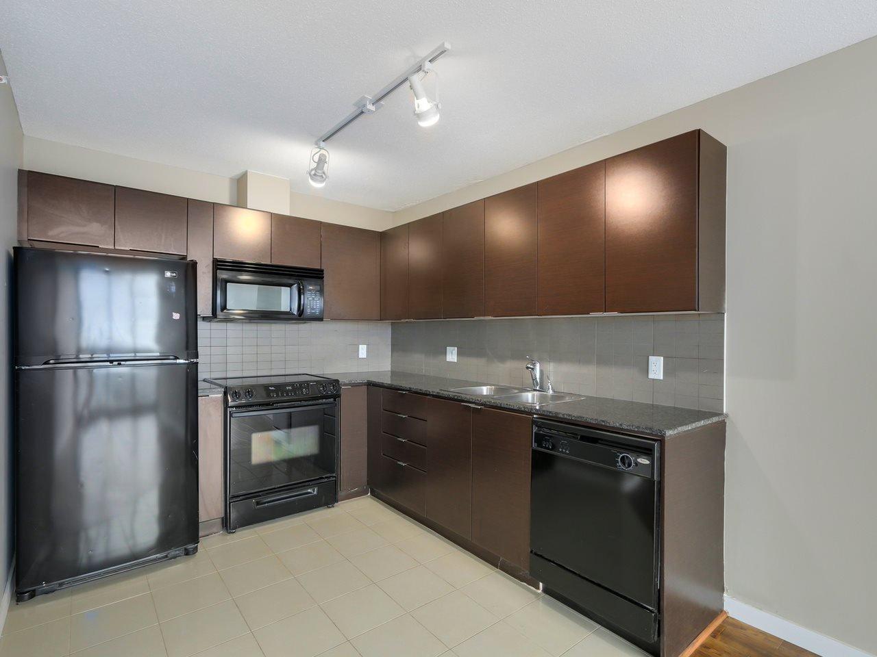 "Main Photo: 2301 13618 100 Avenue in Surrey: Whalley Condo for sale in ""INFINITY"" (North Surrey)  : MLS®# R2034606"