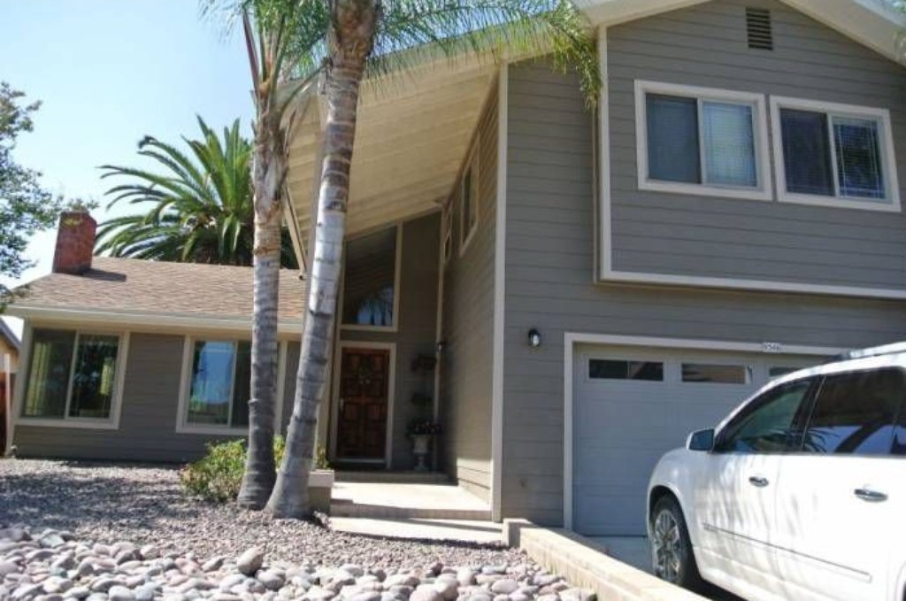 Main Photo: SANTEE House for sale : 4 bedrooms : 9346 Lake Country Dr