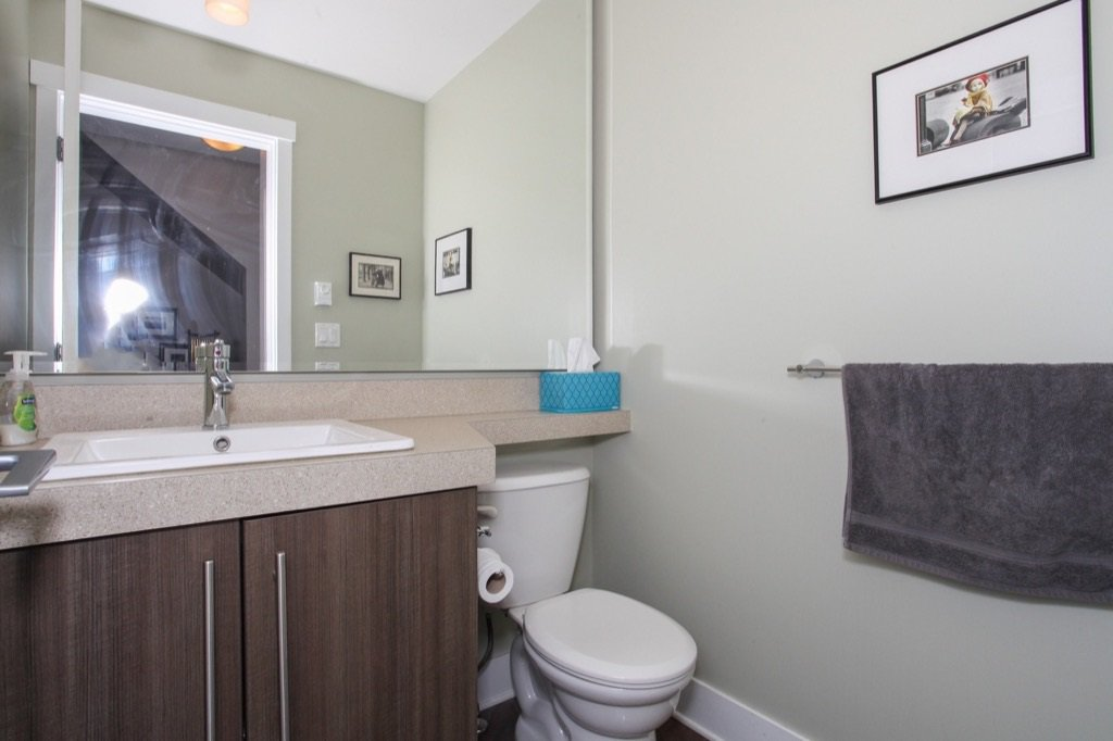 """Photo 8: Photos: 56 8250 209B Street in Langley: Willoughby Heights Townhouse for sale in """"OUTLOOK"""" : MLS®# R2118711"""