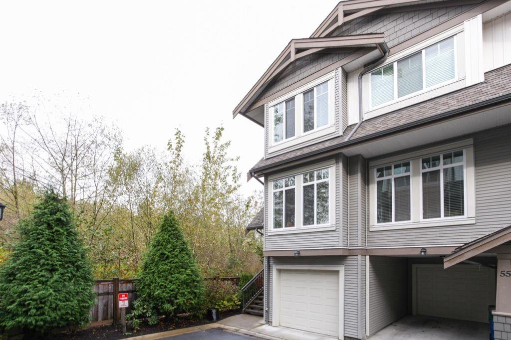 """Photo 2: Photos: 56 8250 209B Street in Langley: Willoughby Heights Townhouse for sale in """"OUTLOOK"""" : MLS®# R2118711"""
